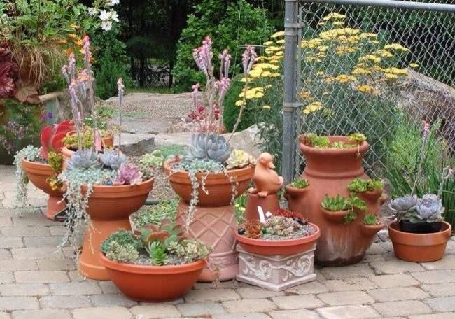 Оформляем сад с помощью ваз